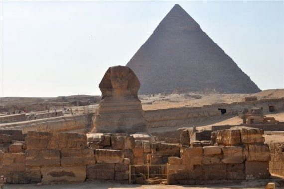 Group excursion: Giza Pyramids & Egyptian Museum day trip by bus from Sharm el Sheikh