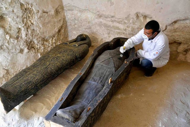 Breaking News: 3000-year Tomb Contains Intact Coffins discovered in Luxor 4